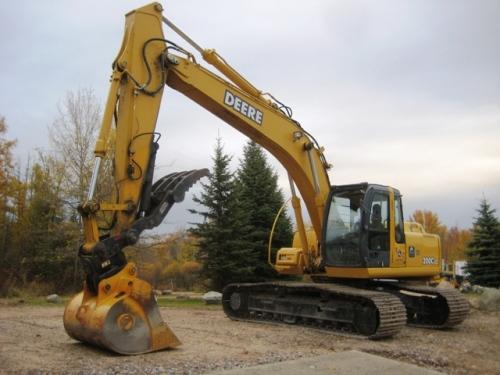 Enormous construction equipment