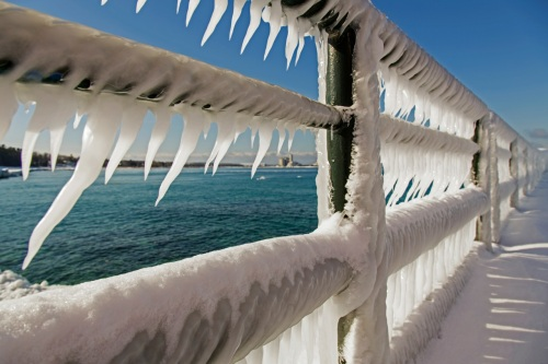 Charlevoix light railings with ice 012513_0503