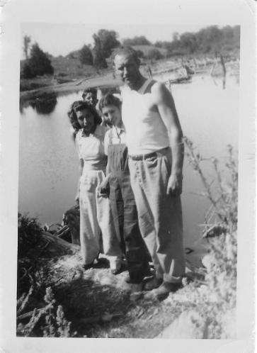 William Arden Bennett family - Wiltse Pond 1940s