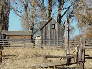 Sod_House_Ranch_bunkhouse-FWS photo Wikimedia